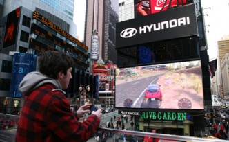 hyundai race advergame times square