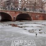 Des QR Codes sur la glace pour sensibiliser au changement climatique