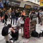 Un concours Facebook pour élire le meilleur pianiste de la gare Montparnasse