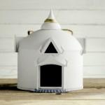 Airbnb crée 50 nichoirs à oiseaux inspirés des plus beaux logements de son site